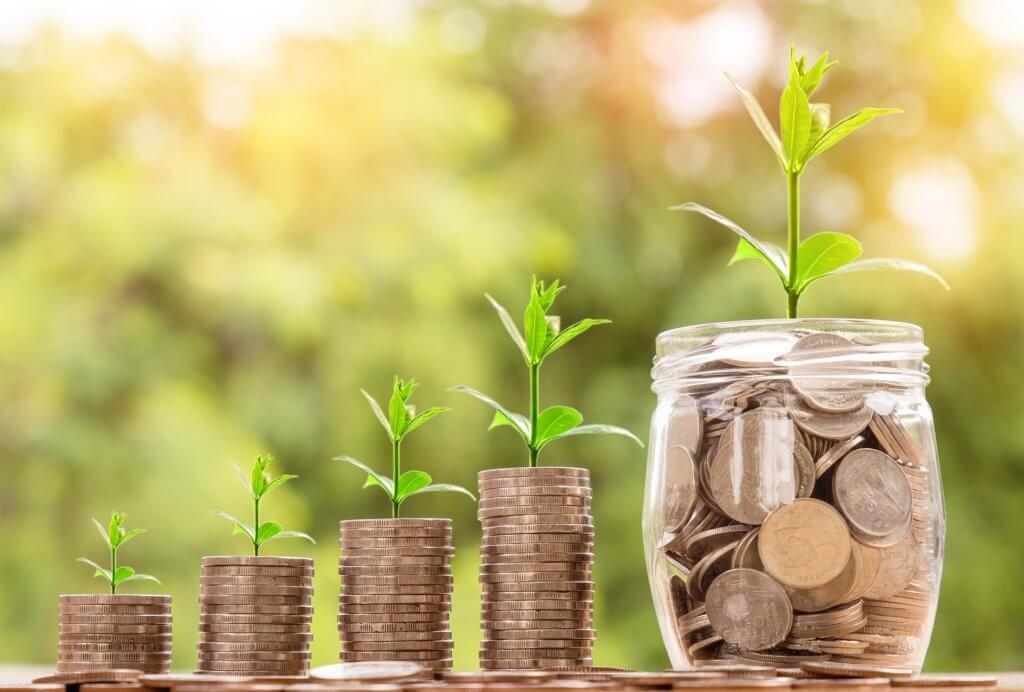 Geld sparen und reich werden